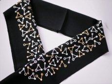 3.ブラック×イエローベージュ 刺繍 正絹 半衿 トライアングル