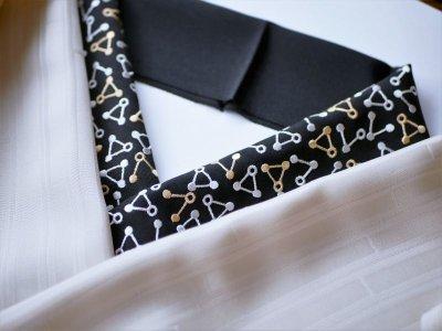 画像1: 手刺繍 正絹 半衿 トライアングル