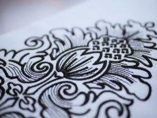 kaonnオリジナル正絹刺繍半衿 白地にブラック刺繍